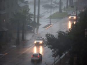 635737032341069756-storm20-300x225 6 driving tips for Arizona's monsoon