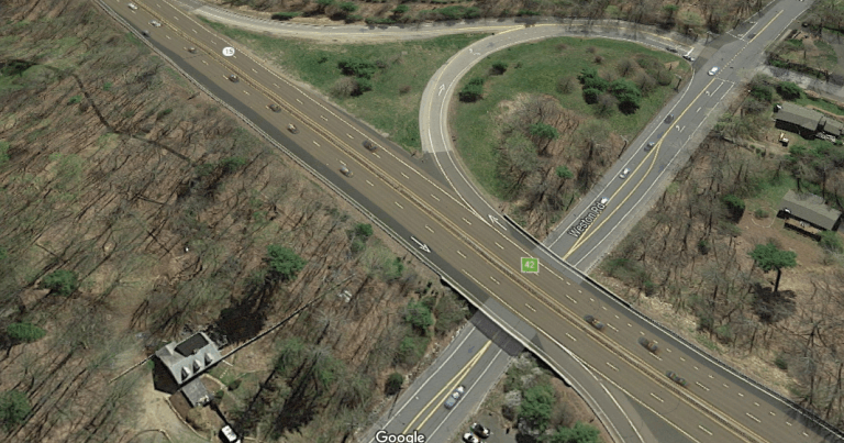 merritt-parkway-new-haven-768x403 15 Most Dangerous Intersections in America