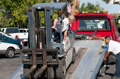 towing-machinery-or-cars-e1519221829386 How Are Towing Capacities Calculated?