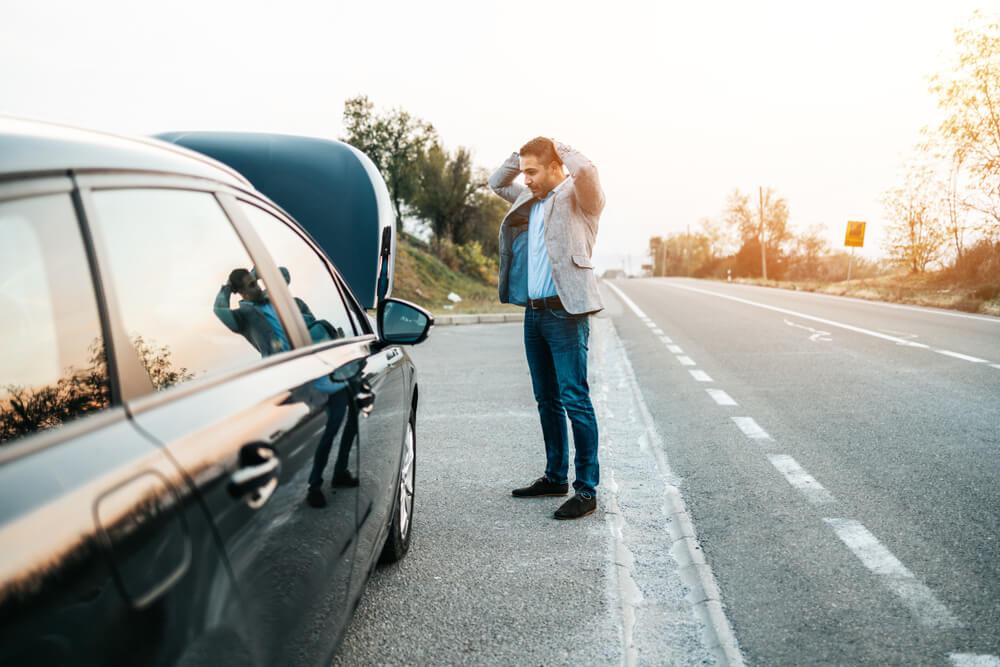 Don't-Leave-Anything-of-Value-in-the-Car- How to Stay Safe While Waiting for a Tow Truck to Arrive